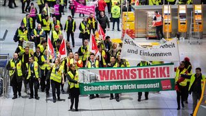 Una vaga paralitza els aeroports d'Alemanya