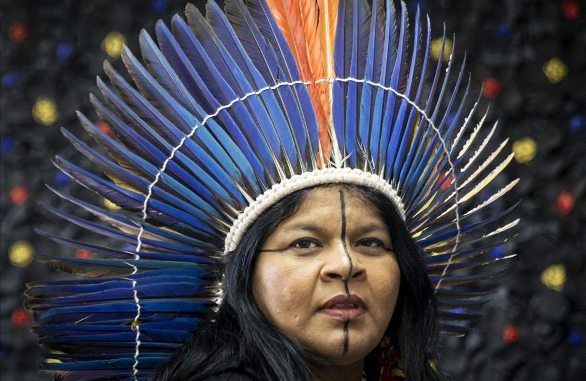 Sonia Guajajara, una de las líderes indígenas que forman parte de la delegación de la campaña 'Sangre indígena. Ni una gota más', este martes en València