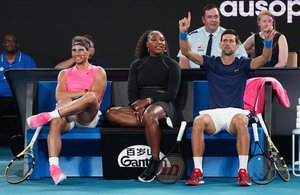 Nadal, Williams y Djokovic, durante el Rally For Relief en Melbourne.