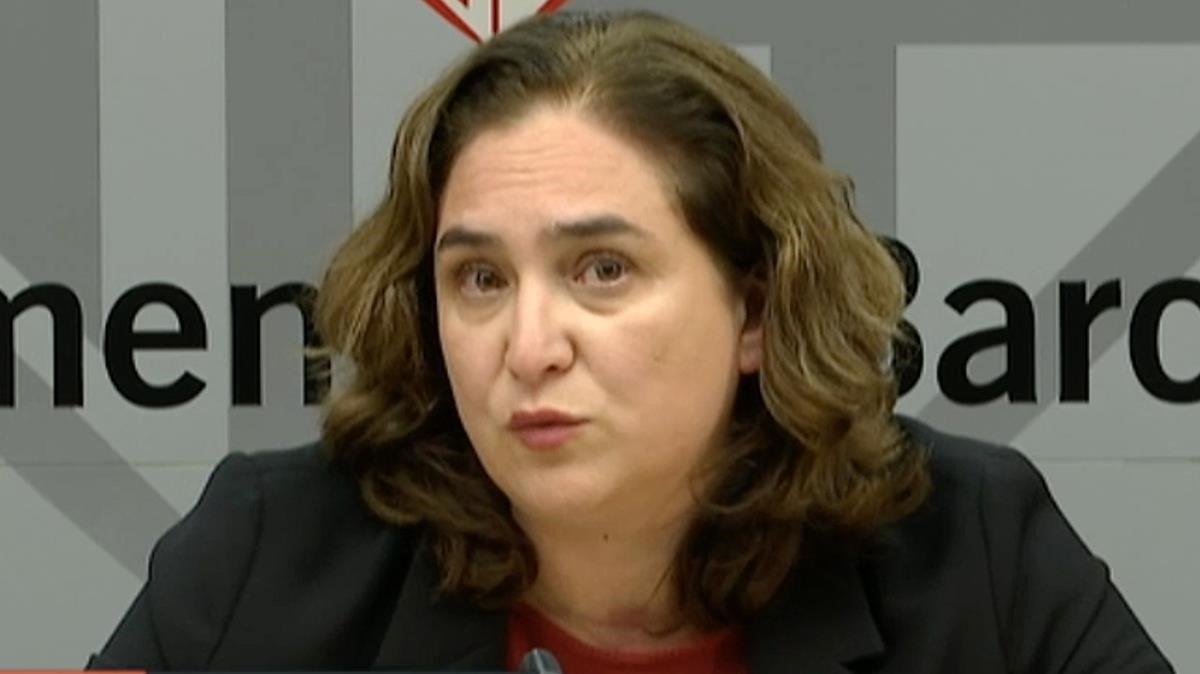 Colau reclama a Sánchez un pacte d'Estat per a la vivenda