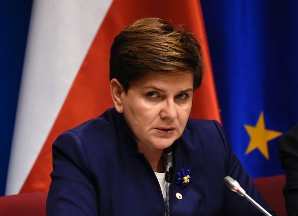 La primera ministra de Polonia, Beata Szydlo, en una rueda de prensa en Bruselas el 18 de diciembre.