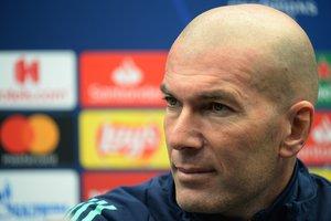 El técnico del Madrid, Zinedine Zidane, este viernes en rueda de prensa.