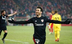 Aritz Aduriz celebra un gol en febrero, ante el Spartak de Moscú, en la Europa Liga.