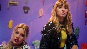Lele Pons y Aitana en el videoclip del remix de Teléfono.