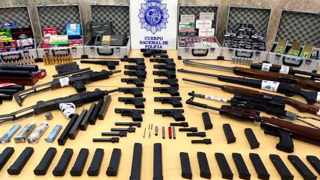 Desarticulado en Sevilla un grupo que se dedicaba al tráfico ilícito de armas.