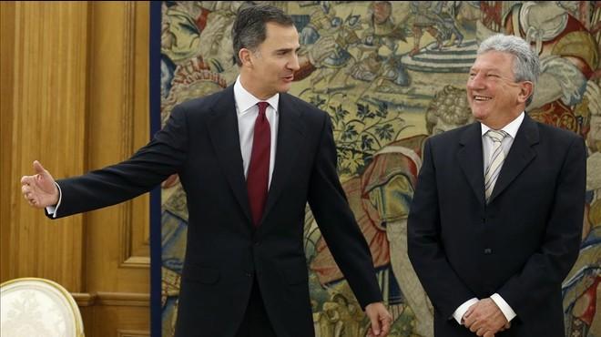 """Nueva Canarias traslada al Rey que Rajoy hizo un """"feo"""" a la Corona"""