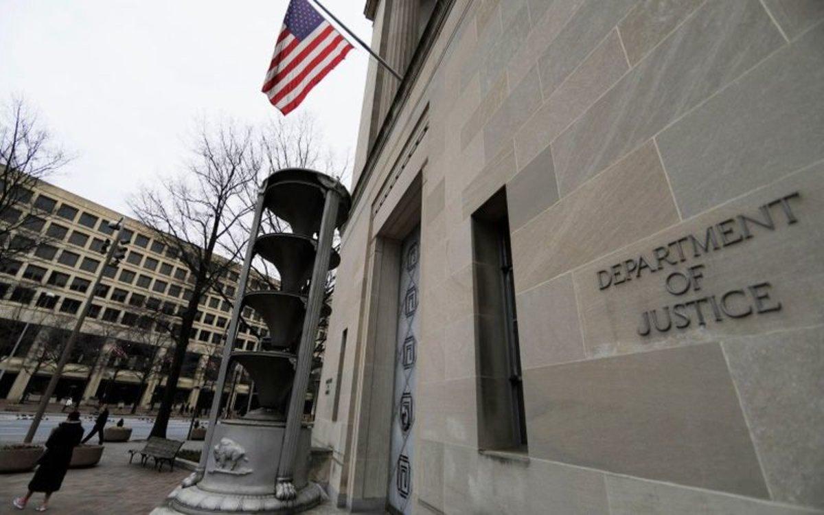 El Departamento de Justicia de los EEUU.