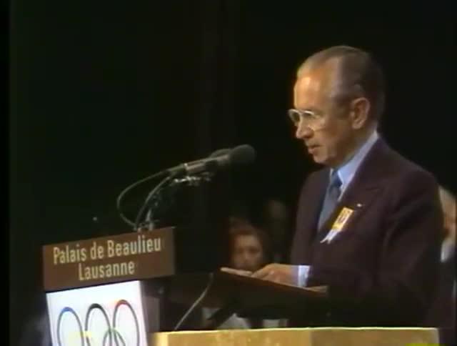 Elecció de Barcelona com a seu dels Jocs del 1992. Samaranch a Lausana i festa a la ciutat.