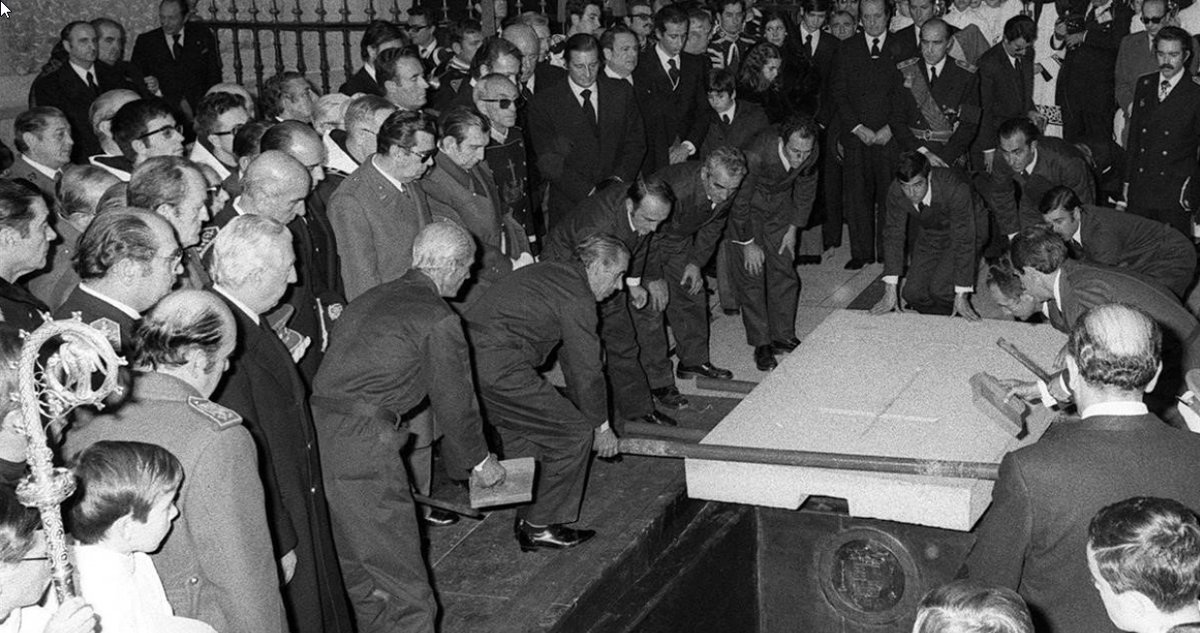 Un momento del entierro de Francisco Franco.