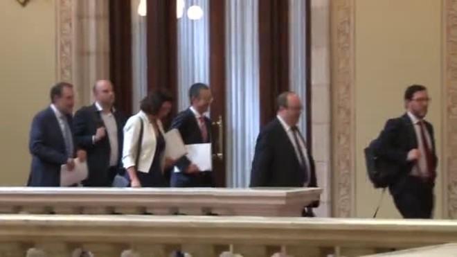 El Gobierno recurrirá la ley de la presidencia para investir a distancia a Puigdemont