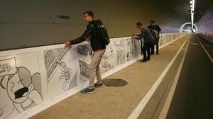 Una parte del cómic de 1,6 kilómetros de largo en los túneles de la Croix Rousse de Lyón.