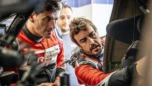 Fernando Alonso y Marc Coma, en Marruecos.