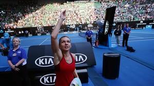 Halep celebra su victoria en Australia, donde aspira a su primer Grand Slam