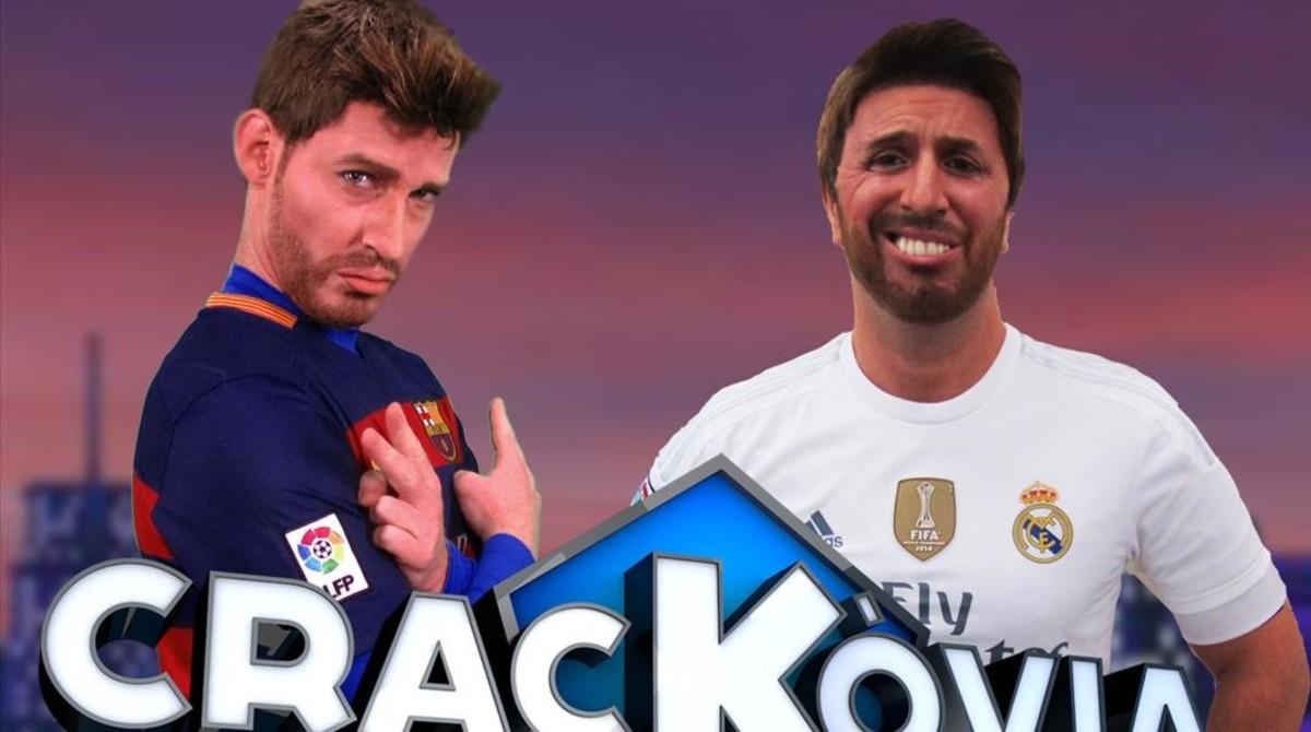 Imagen de 'Crackòvia', con Gerard Piqué (Albert Mèlich) y Sergio Ramos (Jordi Rios).