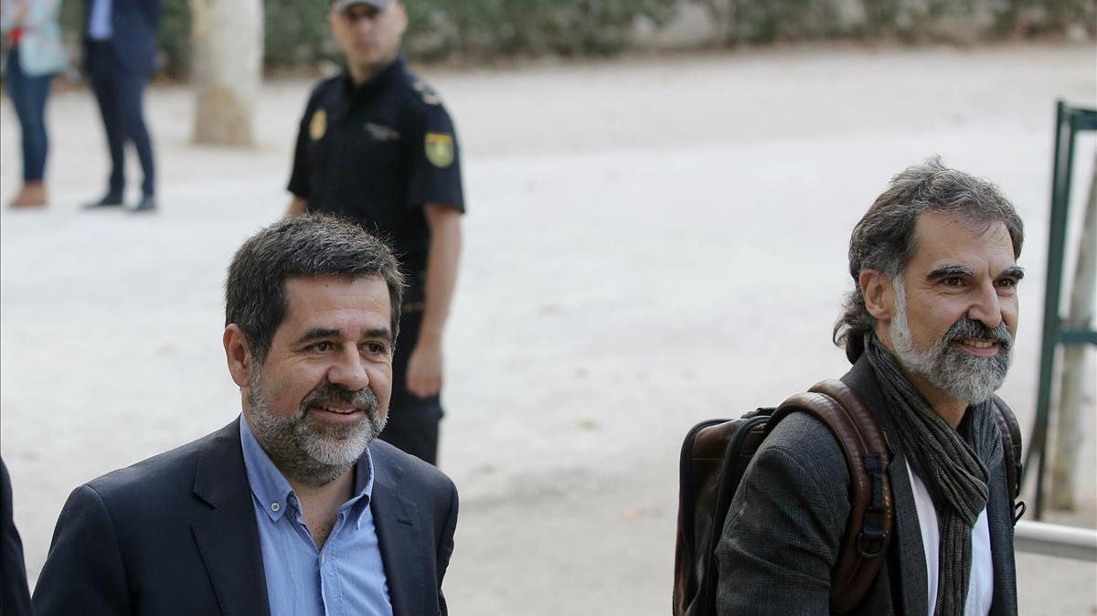 Jordi Sánchez y Jordi Cuixart a su llegadaa la Audiencia Nacional, el pasado 16 de octubre.