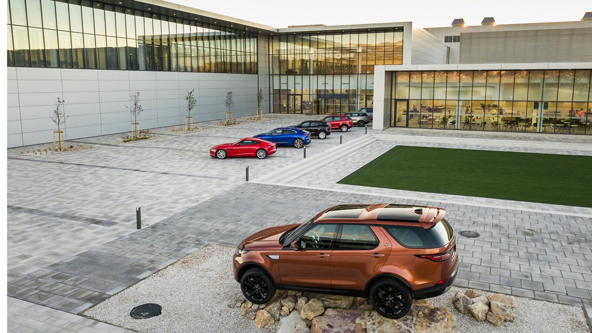 Land Rover ha abierto una factoría en Eslovaquia.