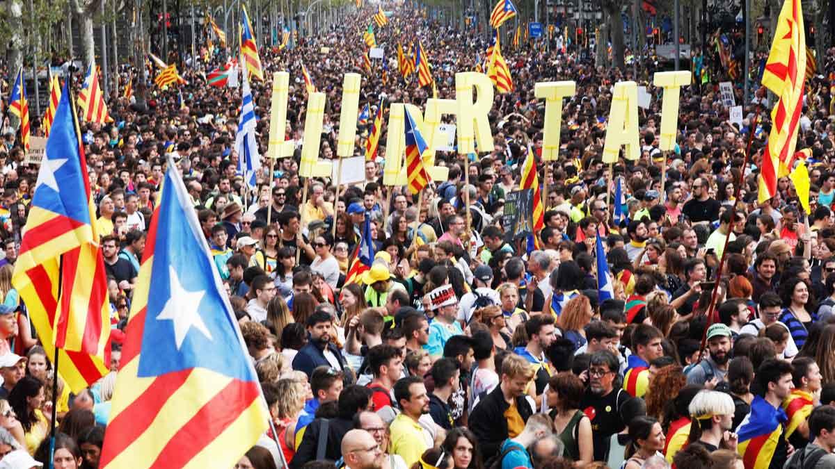 Las Marxes per la llibertat han participado en la manifestación en Barcelona contra la sentencia del procés.