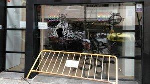 Atacada la seu del Centre LGTBI de Barcelona