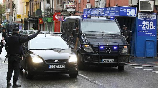 Imágenes de la operación de la Policía Nacional de este martes en Madrid.