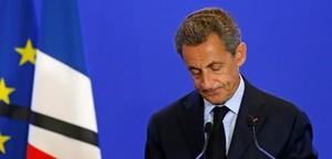 Sarkozy anuncia a Facebook la seva candidatura a president de França