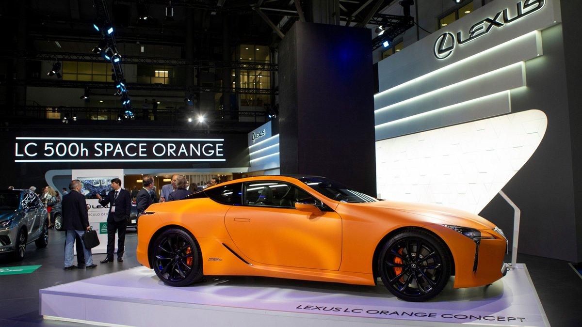 Nuevo Lexus LC 500h Matte Prototype.