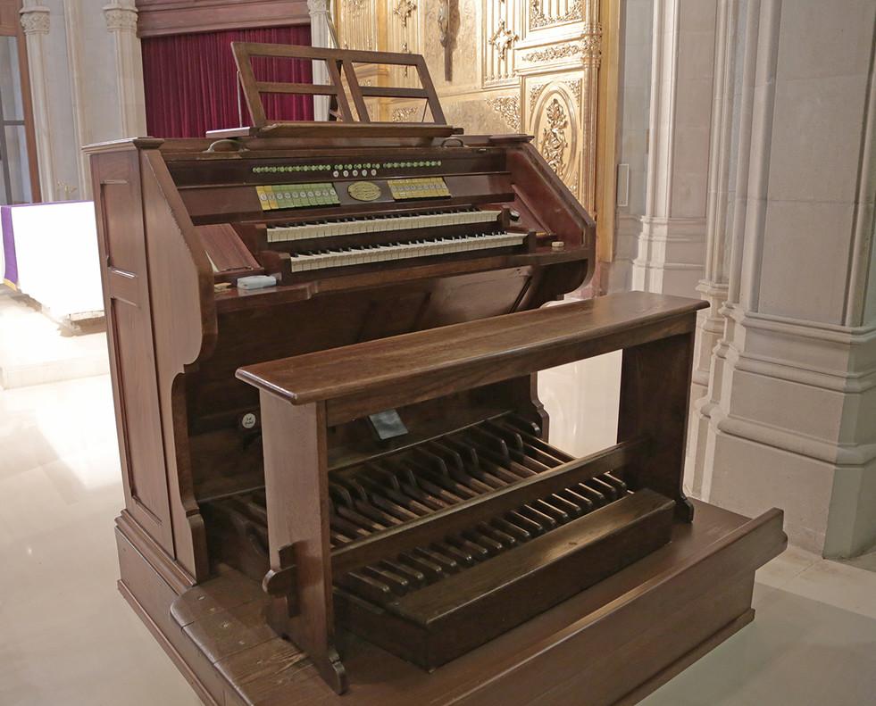 Se Restaura El Organo De La Iglesia Del Parc Sanitari Sant Joan De Deu
