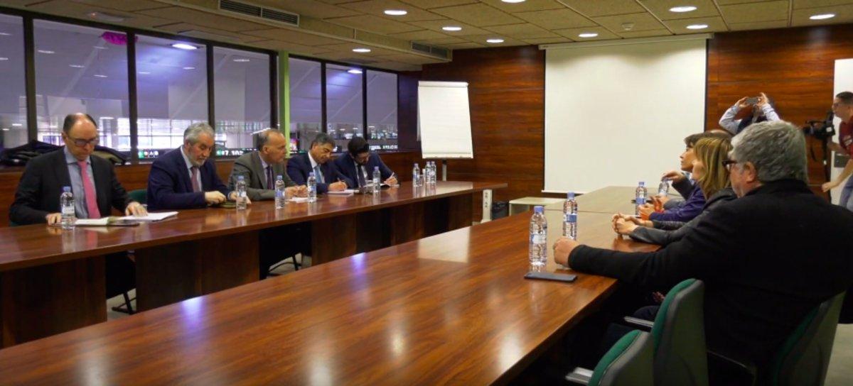 Els alcaldes del Baix Llobregat tornen a reclamar el 'metro del Delta'