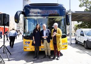 Parlon, Poveda i Sabater, en la presentació de les noves líniesmetropolitanes de bus.