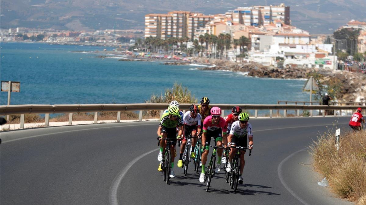 La fuga de la cuarta etapa, en los kilómetros iniciales.