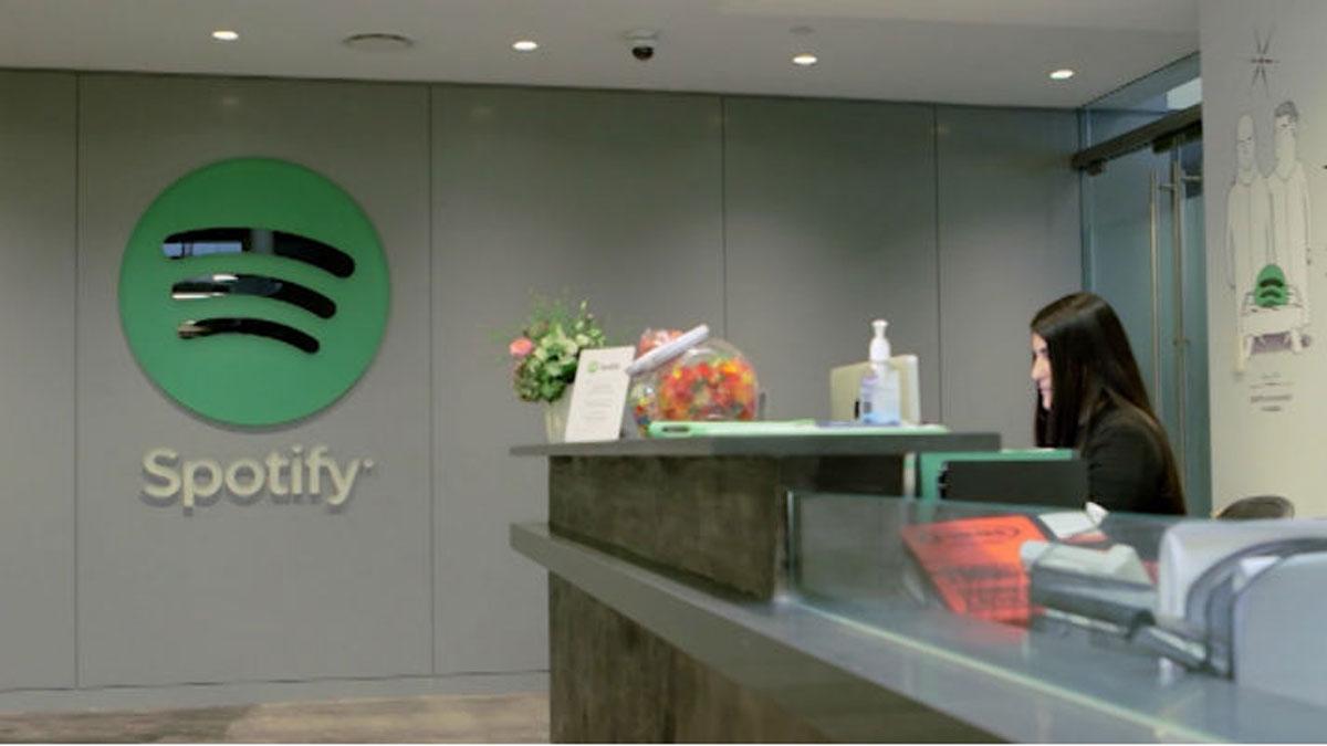 Spotify denuncia a Apple ante Bruselas por competencia desleal.