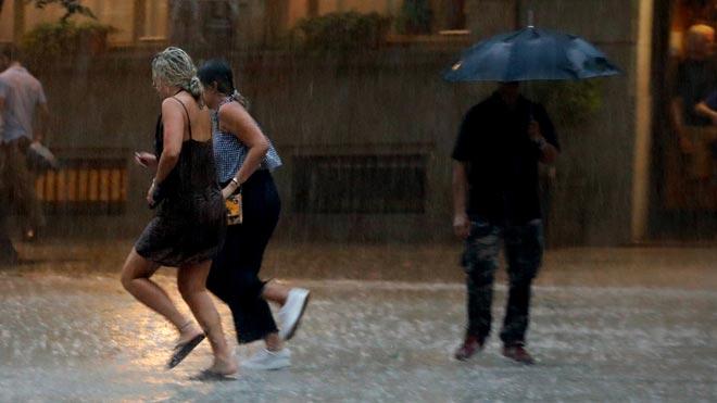 Lluvia repentina en Barcelona.