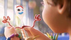 Una escena de 'Toy story 4' en la que aparece Forky.
