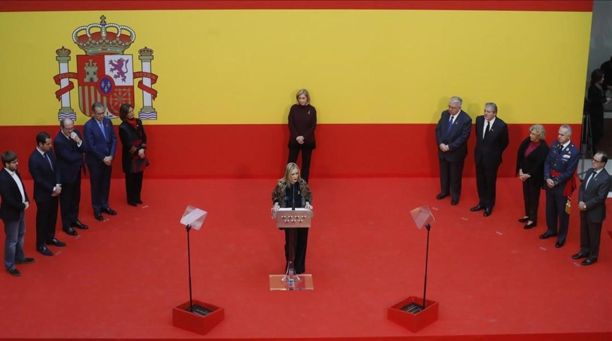 La presidenta de la Comunidad de Madrid, Cristina Cifuentes, durante su intervención en la recepción anual con motivo de la celebración del Día de la Constitución.