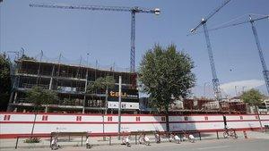 Construcción de vivienda pública en Barcelona.