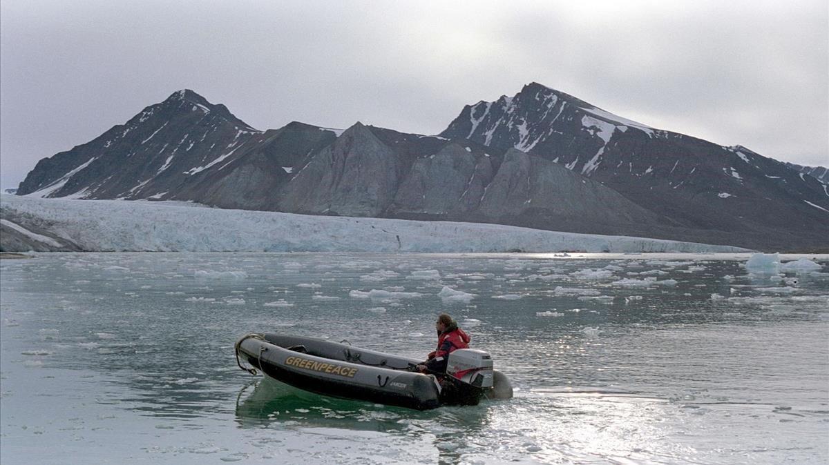 Zona cercana al glaciar noruego de Blomstrandbreen.