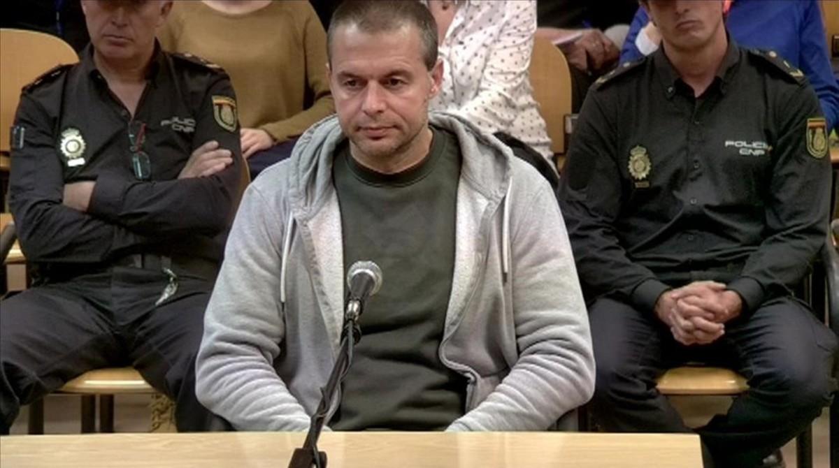 Elpederasta de Ciudad Lineal, durante el juicio.