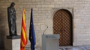 """Puigdemont, abans d'anar-se'n a Bèlgica: """"Demà, tots als despatxos"""""""