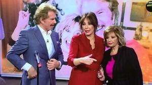 Arrocet y Campos han estrenado este lunesel villancico'Ven a mi casa esta navidad'en 'El programa de Ana Rosa'