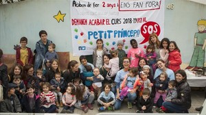 Protesta de las familias de la guarderíaPetit Príncep.