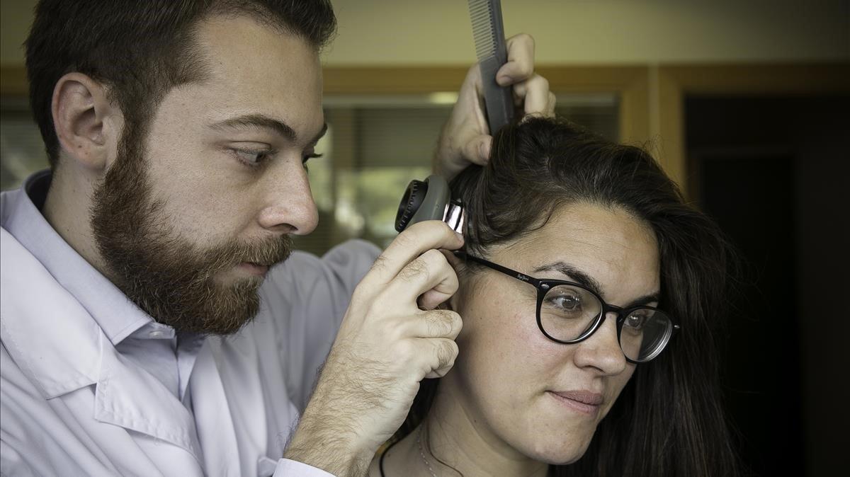 Com prevenir patologies al cuir cabellut