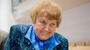 Eva Kor, superviviente de los experimentos del doctor Mengele, muere en su viaje anual a Auschwitz