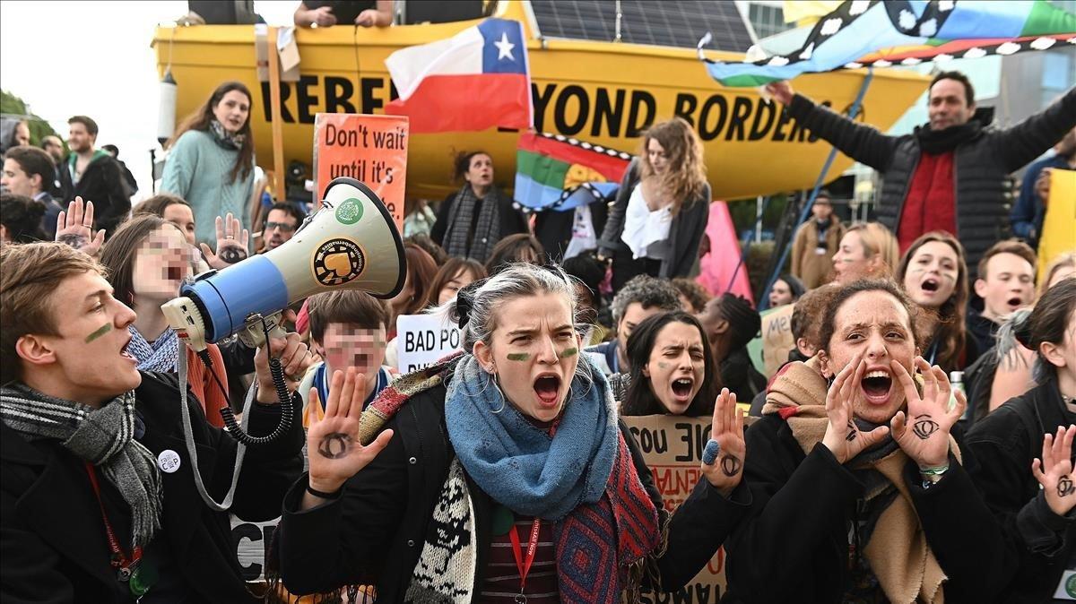 """Las oenegés ecologistas expresan su """"decepción"""" con la cumbre del clima"""