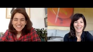 La periodista Anna Guitart y la escritora Rachel Cusk, charlando vía Zoom en la edición 'indoors' de Primera Persona.