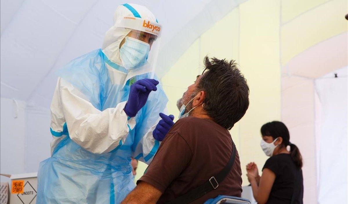 Pruebas PCR en Sabadell, el pasado agosto.
