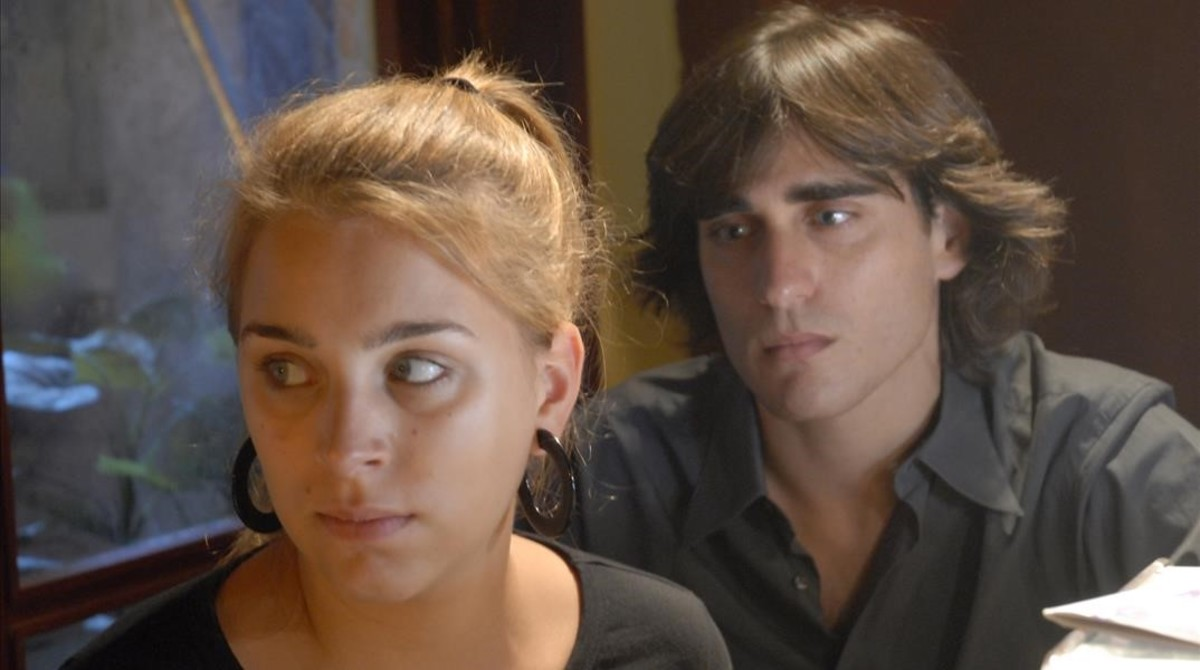 Raül Tortosa, con Nausicaa Bonnín, en 'El cor de la ciutat'
