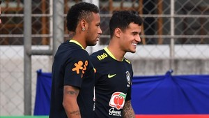 marcosl39847790 brazil s team players neymar l and philippe coutinho r t170829170412