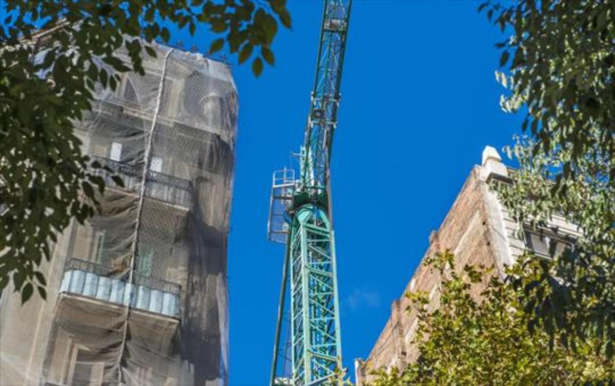 Los promotores critican la excesiva demora en la concesi n for Permiso de obras barcelona