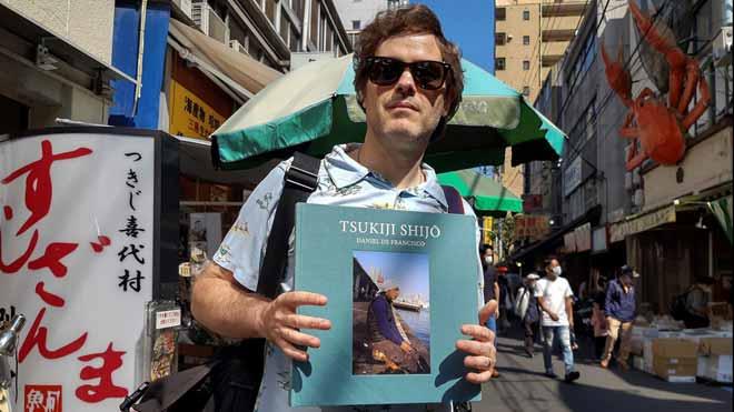 Un libro fotográfico de autor español homenajea la desaparecida lonja de Tsukiji, en Tokio