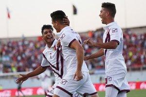 Venezuela celebra el único gol que le anotó a Chile en el Campeonato Sudamericano Sub-20.