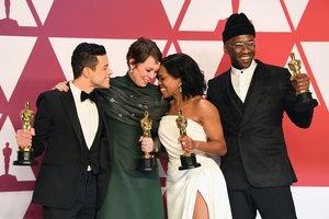 Imagen de los cuatro actores ganadores del premio.
